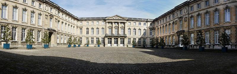 Château de Compiègne près de Chantilly